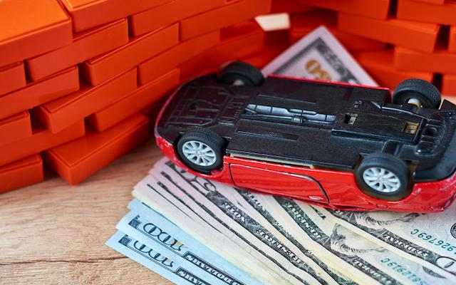 車の物損事故で慰謝料請求はできる?